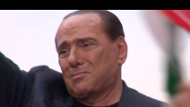 """Sit-in del popolo del Pdl a Roma. Berlusconi: """"Sono innocente, non mollo"""""""