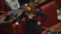 Mussolini (PDL) imita il Giudice Esposito al Senato