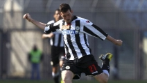 Lo strepitoso gol di Andrea Lazzari in Udinese-Siroki 4-0