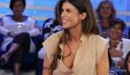 Elisabetta Canalis quasi fuori di seno in tv