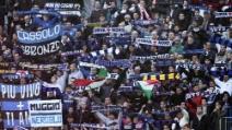 I cori durante Sassuolo-Inter dei tifosi nerazzurri contro i napoletani