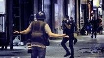 Istanbul, a piazza Taksim una notte di scontri per Ahmet Akatan