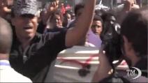 """Roma, immigrati in corteo: """"Basta basta!"""""""