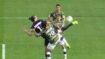 """Zlatan Ibrahimovic segna un fantastico gol con un """"colpo dello scorpione"""""""