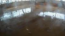 Ecco come la furia del tornado spazza via una scuola