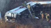 New York, treno deraglia a New York: 4 morti e 11 feriti gravi