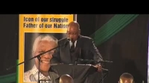 """Zuma saluta Mandela: """"hai fatto il tuo compito, ti ricorderemo"""""""