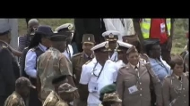 L'aereo che trasporta Mandela atterra a Mthatha