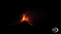 L'Etna dà spettacolo nella prima eruzione del 2014
