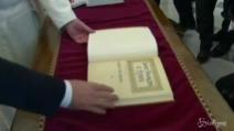 Vaticano, Hollande ricevuto da Papa Francesco