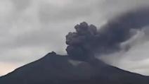 Indonesia, l'impressionante filmato dell'eruzione del vulcano Kelud