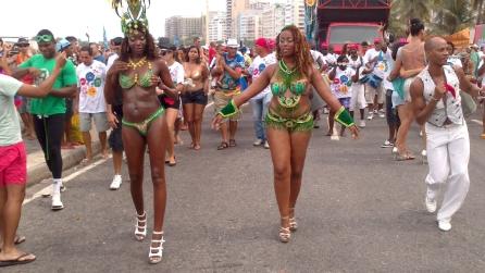 Tutti in spiaggia a ballare, ecco il sexy Carnevale di Rio