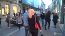 Icardi fa shopping a Milano con Wanda Nara