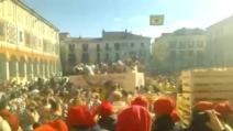 La tradizionale battaglia delle arance al Carnevale di Ivrea 2014