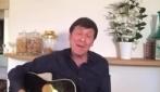 """Gianni Morandi canta """"4 marzo 1943"""" di Lucio Dalla"""