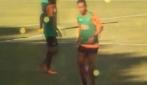 Ronaldinho, palla al piede in allenamento ed è subito spettacolo