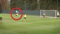 Magnifico gol in rovesciata di Jovetic