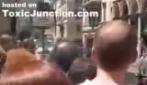 George Bush a Roma, la sua auto ha un guasto per strada