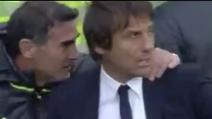 Willian segna un gol fantastico per il Chelsea: Conte non esulta come suo solito