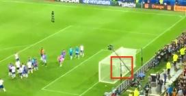 Buffon cade a terra rovinosamente: l'epic fail durante l'esultanza