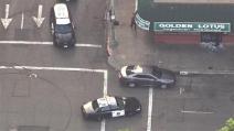 Sparatoria a Oakland, uccisa una ragazza di 16 durante il funerale di un amico