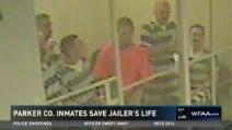 La guardia ha un infarto: detenuti sfondano il cancello e gli salvano la vita