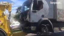 Strage Nizza, il camion bianco viene rimosso dalla Promenade