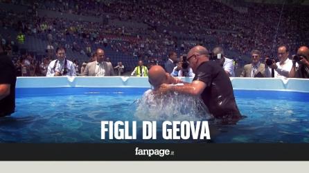 Ventimila testimoni di Geova all'Olimpico per il congresso annuale e il battesimo dei nuovi membri