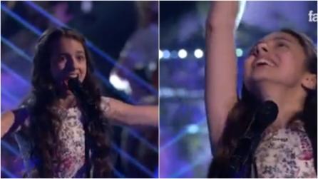 Ha solo 14 anni e si esibisce nel canto lirico: la sua performance lascia tutti senza fiato
