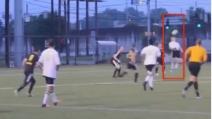 L'incredibile gol in rovesciata di Cameron Schneider