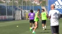 Sergio Ramos fa il Cristiano Ronaldo: che gol in allenamento