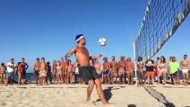 Il ritorno di Vieri: che colpo durante la sfida a footvolley
