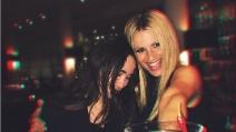 Aurora Ramazzotti racconta (con ironia) il rapporto con Michelle Hunziker