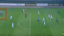 La potentissima conclusione di Bogdanov: un gol che sembra segnato da Roberto Carlos