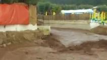 Bomba d'acqua su Peschici (FG): spazzata via la spiaggia