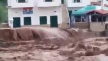 Bomba d'acqua su Peschici, fango e detriti travolgono un campeggio