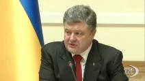 """Poroshenko: """"I russi si stanno ritirando dall'Ucraina"""""""