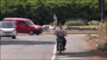 Rione Traiano, sul luogo della tragedia tutti in moto senza casco