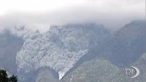Giappone, l'eruzione del vulcano Ontake: 36 vittime