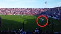 Magia di Recoba da posizione impossibile ma l'arbitro non convalida il gol