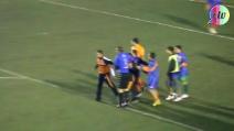 Argentina, rissa selvaggia durante Deportivo Roca-Cipolletti: 12 espulsi