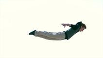 Gli acrobati più folli al mondo si esibiscono al Porto di Roma
