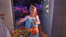 Per Halloween, tutte le bambine voglio vestirsi come Elsaween di Frozen