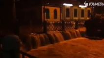 Monza,il Lambro esonda e allaga le strade della città