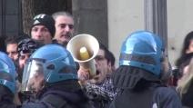 Salerno, Salvini contestato dai centri sociali dopo l'incontro con De Luca