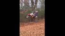 Ecco come volare con una moto