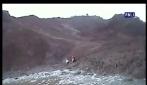 Due ragazzine rimangono intrappolate nel fango: il salvataggio