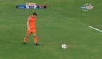 Alex del Piero segna la punizione perfetta con la maglia del Delhi Dynamos