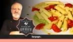 Penne aglio, olio e peperoncino con pomodorini e broccoli