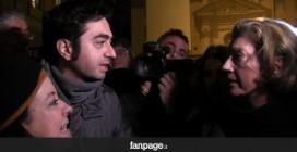 Musulmani contestati durante la fiaccolata fuori dall'ambasciata francese